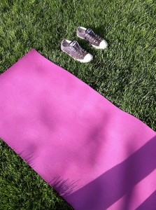 wpid-Outdoor_yoga_93.jpg