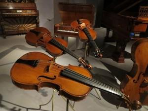 wpid-Violins_72_640.jpg