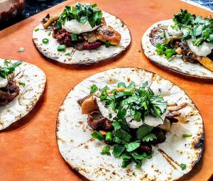 wpid-23PlantBased_Tacos_with_Oyster_Mushrooms_2C_Kidney_Beans_2C_Bell_Peppers_2C_Thai_Chili_27s_2C_Cashew_Sour_Cream_2C__Coriander_2C_Scallions__26_Lime__23Phenomenal__23PleaseRomaineCalm_82.jpg