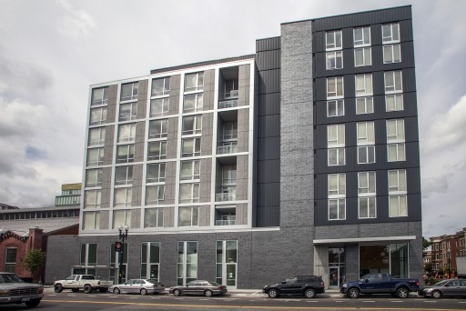 Hodge on 7th senior apartments - exterior view from side street