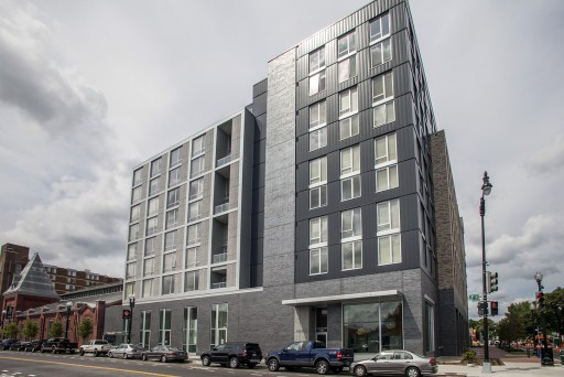 Hodge on 7th apartments building exterior
